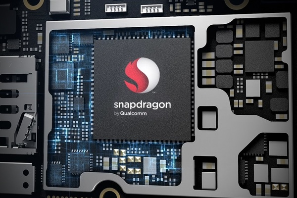 Apple and Qualcomm at it again, chip maker sued for patent infringement
