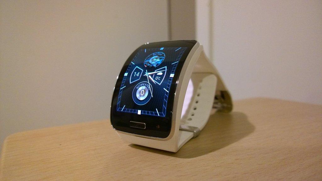 Arvostelu: Samsung Gear S -älykello