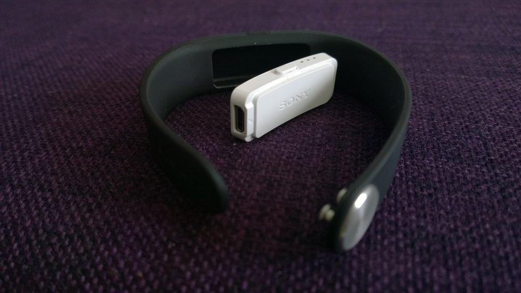 Sony Xperia Z2 arvostelu SmartBand