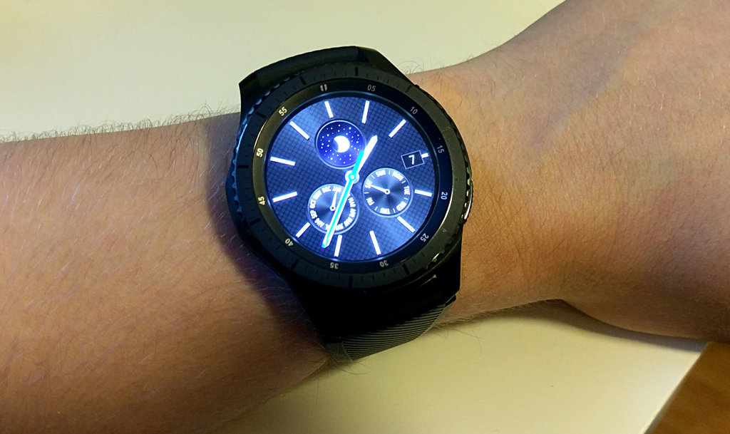 Arvostelu: Samsung Gear S3