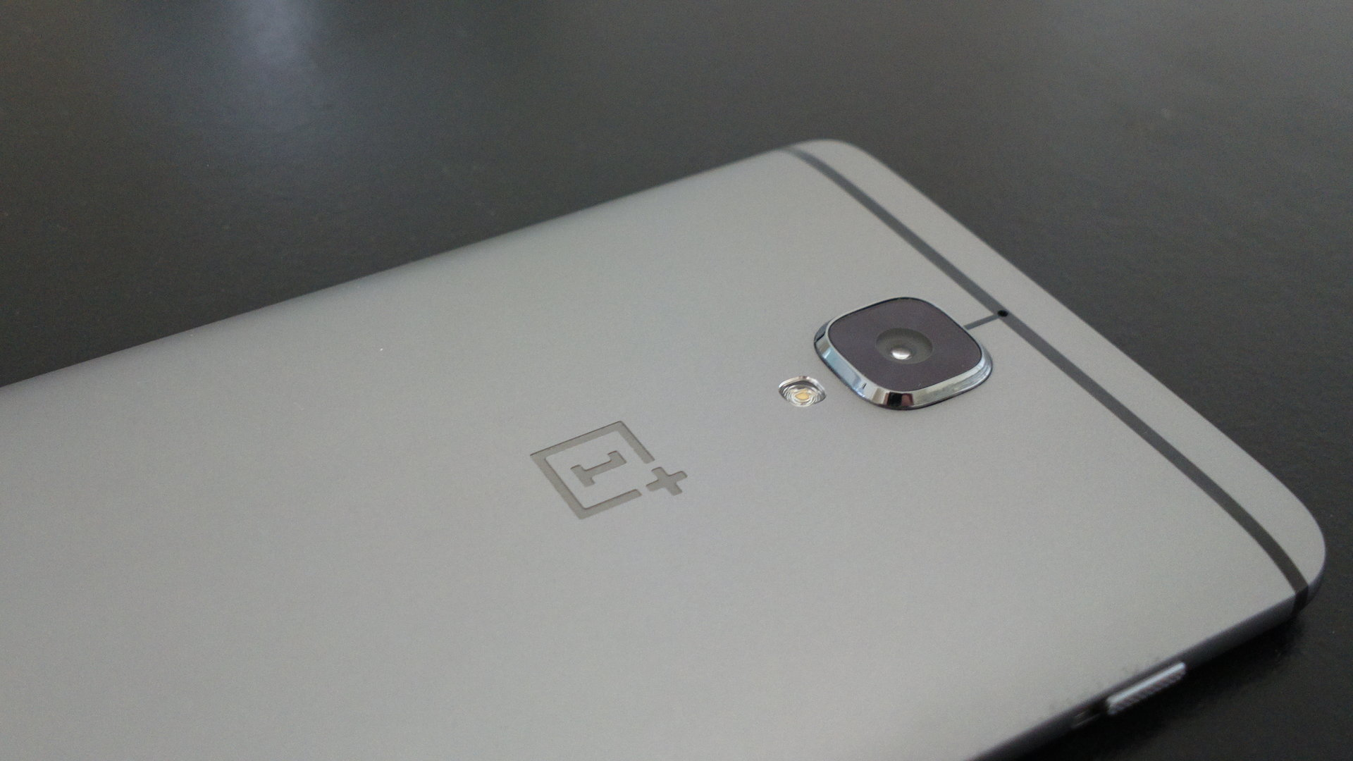 OnePlus 3 - paketin sis�lt�