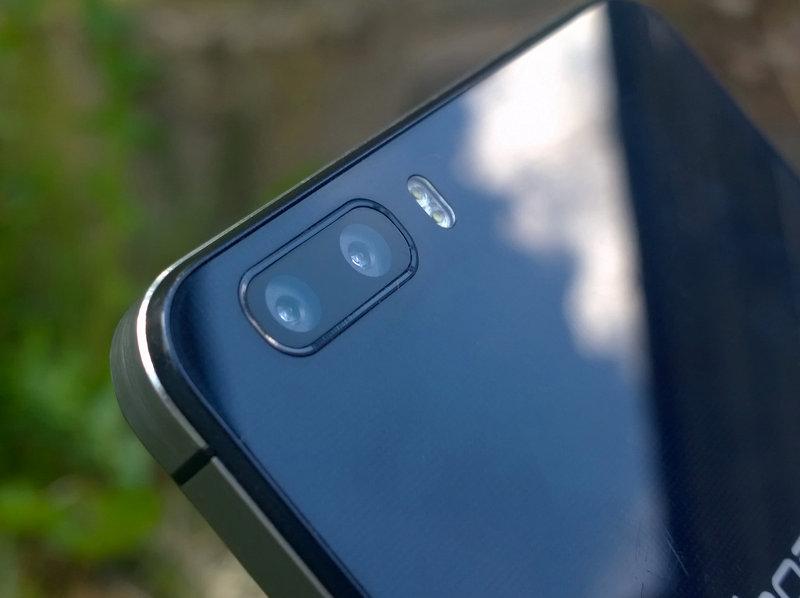 Huawei Honor 6+ takakamerat
