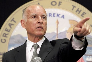 California governor signs bill to block employers from asking for social networking passwords